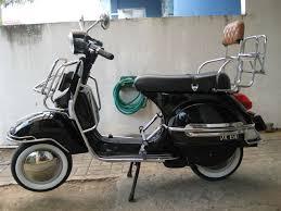 Vespa Scooter Black Modif