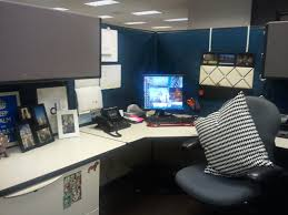 Office Cubicle Halloween Decorating Ideas by Use Curtains To Cover Up The Ugly Beige Color Cardigan
