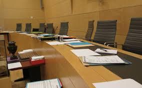 cour d assise definition levée jugé aux assises pour avoir poignardé sa compagne