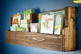 Build Your Own Pallet Bookshelf D I Y Bullseye