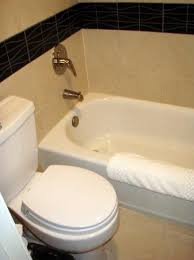 bathtub and the wobbly toilet picture of residence inn chicago
