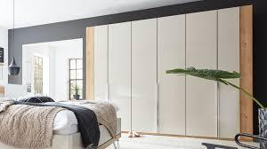 interliving schlafzimmer serie 1017 kleiderschrank 368 chagner bianco eiche schrankhöhe ca 236 cm
