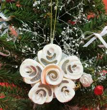Seashell Christmas Tree Garland by 55 Best Seashell Ornaments Images On Pinterest Sailor Cookies