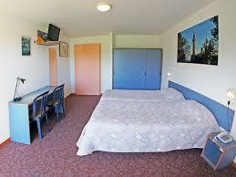 chambre accessible handicapé chambres pmr hôtel de la baie paimpol