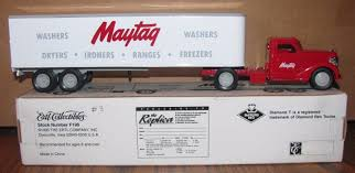 Ertl Diecast 1948 Diamond T Tractor Trailer #3 Maytag Truck Bank MIB ... 2013 Timpte 42 Ag 72 Air Ride Buy Online Truck Greatest Show On Earth The Miniature Diamond Us T 968 Cargo Open Cab Mirror Models 35805 Duputmancom Of The Month Richard Bulas 1964 931c 1948 For Sale Classiccarscom Cc102 Bangshiftcom 1949 306 Chilled Cargoes Johnnys Refrigerated Strealiner Truck Ad 1952 950 Youtube American Historical Society Trailer Home Beatrice Ne For