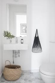 Grey Tiles Bathroom Ideas by Best 25 White Bathrooms Ideas On Pinterest Bathrooms White