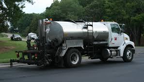 File:2008-07-25 Water Truck Spraying The Curb At RTI.jpg - Wikimedia ...