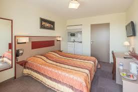 chambre d hotel avec cuisine pressoir hôtel hôtel