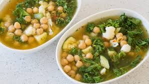 cuisiner chou frisé soupe au chou frisé et aux pois chiches epicure com