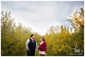 Best Pumpkin Patches Indianapolis by Pumpkin Patch Engagement Session In Indianapolis