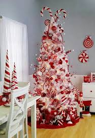 Whoville Christmas Tree by 35 Neutral And Vintage White Christmas Tree Ideas Home Design