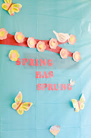 spring classroom door decoration ideas