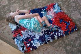 Make Rugs Out Of Old Clothes