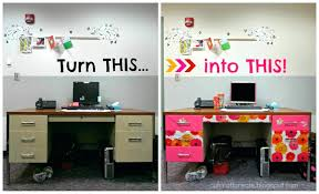 Cubicle Decoration Themes In Office For Diwali by Ideas To Decorate Office U2013 Ombitec Com