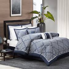 Barrett 8 Piece Jacquard forter Set by Madison Park