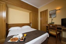 hotel et dans la chambre reservation chambre hôtel place de la république à