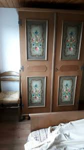 voglauer gästezimmer holz bett schrank eiche rustikal bemalt