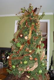 Awesome Ideas For Brown Christmas Tree Decoration