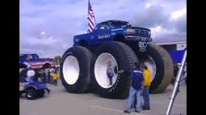 100 Monster Trucks Indianapolis 4Wheel Jamboree 2006