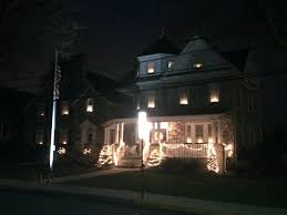 22 Funeral Homes Making The Holidays Brighter For Their munities