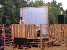 Diy Pallet Stage DJ Pallet Stage Garden Party