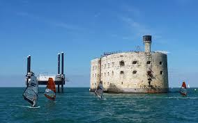 le fort boyard le légendaire vaisseau de à rochefort océan