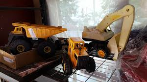 TONKA TRUCK TOY AND EXCAVATOR Tonka Trucks For Kids Tonka Diecast Side Arm Garbage Truck B20 Truck And Toy Cars Truck In Surportonsevern Worcestershire Gumtree Amazoncom Toughest Mighty Dump Toys Games Builds Another Reallife Autotraderca Other Board Book Set For Toddlers Of 2 Classic Steel Cstruction Toy Wwwkotulas Video Children Big Flatbed Stock Photos Images Alamy Advertisement Gallery Tough Flipping A Dollar