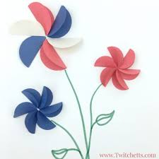 Create These Amazing Construction Paper Flowers In Red White And Blue They Are Perfect Patriotic