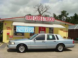 VANS CARS AND TRUCKS : 1997 Lincoln Town Car - Brooksville, FL Used 2002 Lincoln Town Car Parts Cars Trucks Northern New 2018 Suvs Best New Cars For Denver And In Co Family Recall Central 19972004 Ford F150 71999 F250 46 Best Lincoln Dealer Images On Pinterest Lincoln Top Louisville Ky Oxmoor Tristparts 2019 Mark Lt Mexico Seytandcolourcars 1958 Pmiere Coupe Pickup 2015 Mkx Base Suv Hanover Pa Near 17331