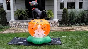 Halloween Airblown Inflatables Uk by Cat On Pumpkin Tornado Halloween Inflatable Youtube