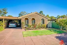 100 Armadale Court House Sold SemiDetached 11 Haynes WA 6112 May