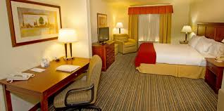 Christmas Tree Lane Ceres Ca Address by Holiday Inn Express U0026 Suites Turlock Hwy 99 Hotel By Ihg