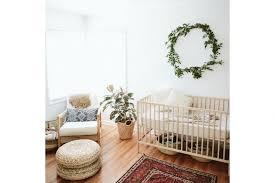 plante chambre décorer la chambre de bébé avec des plantes loisirs décoration