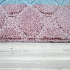 badematte kurzflor teppich für badezimmer karo muster in pastell blau rosa