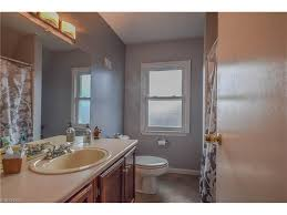 45 Ft Bathroom by 8 Great Starter Homes Up For Grabs In Lakewood For 200 000 Or Less