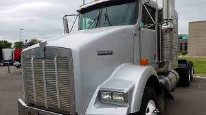 2004 Kenworth T800 With 42
