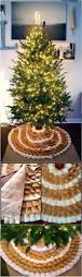 Rustic Christmas Bathroom Sets by Best 25 Rustic Christmas Tree Skirts Ideas On Pinterest Xmas