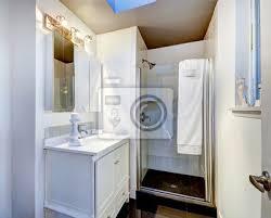 fototapete einfach badezimmer interieur mit glastür dusche