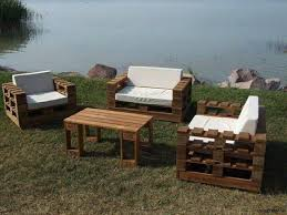 Cool Pallet Outdoor Furniture Set