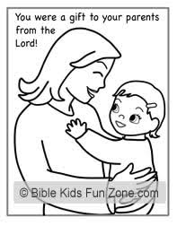 Mothers Day Coloring Page For Children That Shows A Picture Of Happy Mother Holding Her