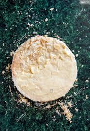 runde 2 in 1 napoleon kuchen mit pudding und streute krumen