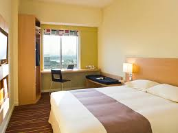 Hotel Front Office Manager Salary In Dubai by Hotel In Dubai Ibis Dubai Mall Of The Emirates