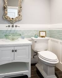 Pinterest Bathroom Ideas Beach by Best 25 Wainscoting Bathroom Ideas On Pinterest Half Bathroom