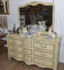 Drexel Heritage Dresser Mirror by Drexel 9 Drawer Dresser W Mirror In French Provincial I Have A