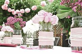 Fantastic Pink Wedding Table Decoration Using Rose Cute Centerpiece Including Hanging Flower Decor And Small Glass Jar Vase