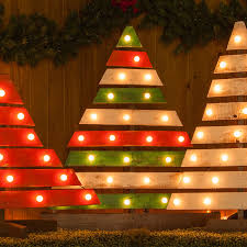 DIY Christmas Trees With Marquee Lights Painted PalletsWood