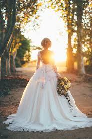 Elizabeth De Varga Wedding Dress Featured In Old Hollywood Styled Shoot On