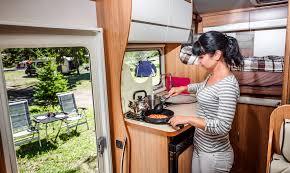 kochen im wohnmobil mit diesen tipps gelingt s reiseziele ch