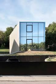 100 Nathan Good Architect Singlefamily House By 2001 Juts Like A Concrete Monolith