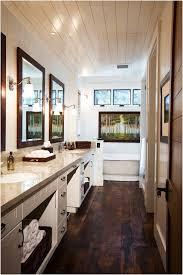 Rustic Farmhouse Bathroom Flooring 23